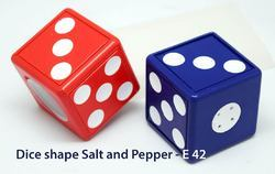 Dice Shape Salt & Pepper