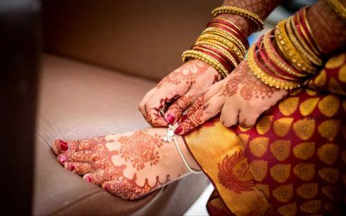 Mehndi Bridal Photography : Bridal mehndi photography marathi makeup service
