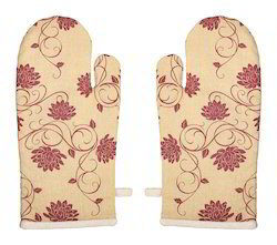 Floral Print Oven Mitten