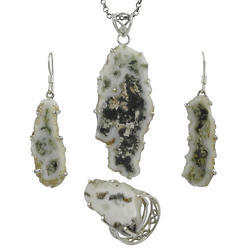 925 Sterling Silver Jewellery Set With Solar Fossil