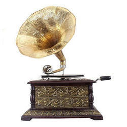 Antique Gramophone With Brass Horn Wood Base Square Style