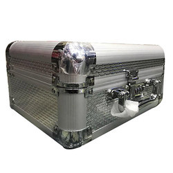 Flat Aluminium Cosmetic Case
