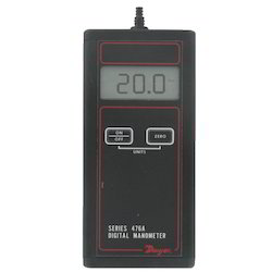 Series 476A Single Pressure Manometer