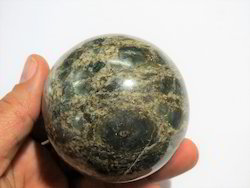 Natural Emerald Stone Sphere and Ball