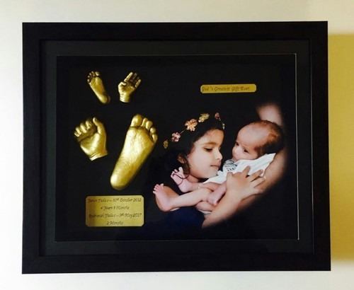 Baby hand and footprint casting services - Newborn Baby Hand N Foot ...