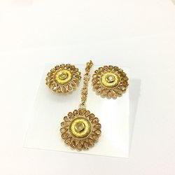 Gold Earring Tikka Set