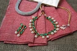 Designer Bollywood Inspired Kundan Green And Pearl Necklace Set