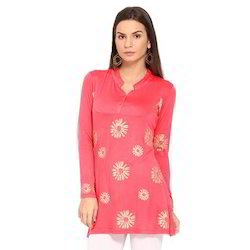 Ira-Soleil-Pink-Block-Printed-Viscose-Knitted-Stretchable