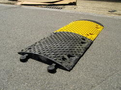 speed bumps - Rubber Speed Bumps