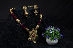 Party Wear Beads Gold Plated Necklace Set For Women