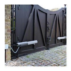 automatic sliding why should you swing mdi big gate use or gates
