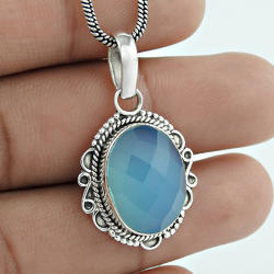Gleaming Chalcedony Gemstone 925 Silver Pendant