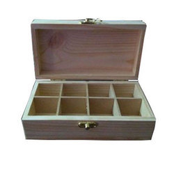 8 Pieces Wooden Chocolate Box