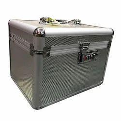 Aluminum Vanity Rectangular Case