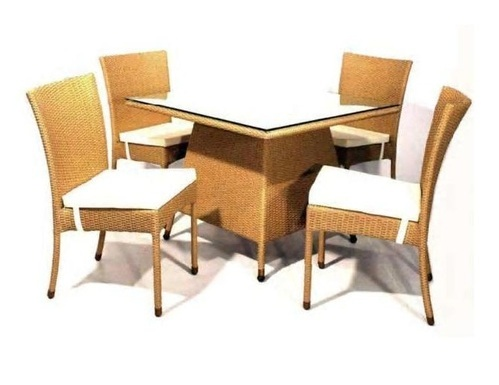 Wicker Dining Furniture Manufacturer from New Delhi