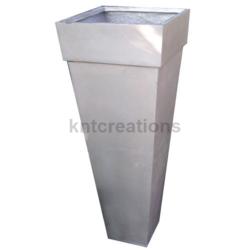 Metalica Slim Tall Planter (Vertical)