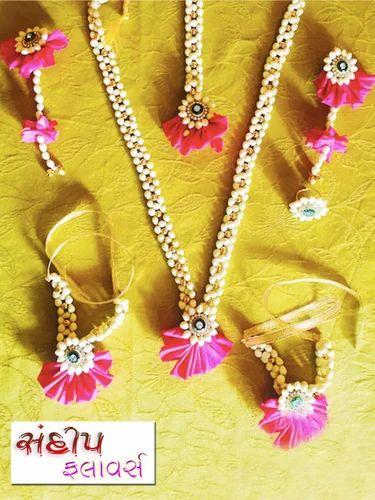 Real Flowers Jewellery Flower Jewellery Wholesaler From Porbandar