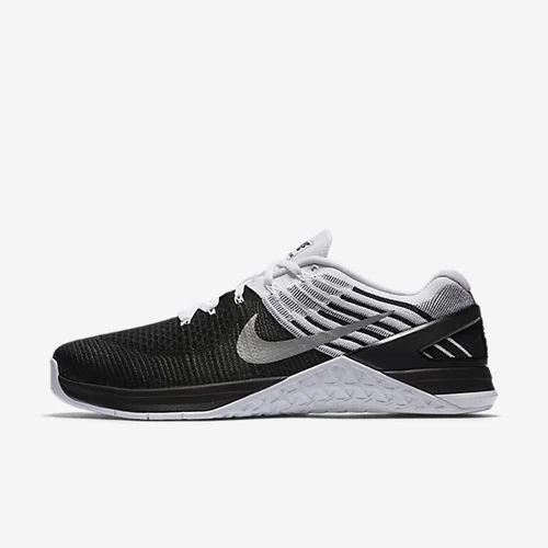 2949dd3661b0 Nike Metcon Dsx Flyknit Sport Shoes   Nike Free Train Virtue Sport ...
