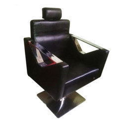 BNB V Handle Saloon Chair