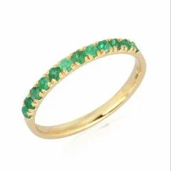 Natural Emerald Gemstone Yellow Gold Band Ring