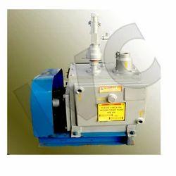Vacuum Pumps for Oil Refining