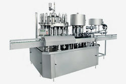 Rotary Automatic Glass Bottle Filling and Capping Machine
