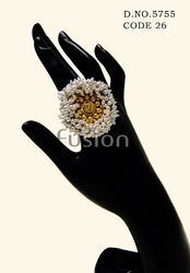 Pearl Antique Two Tone Finger Ring