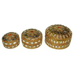 White Metal Chamki Dibbi Set
