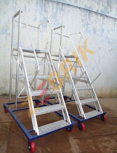 Aluminium Scaffolding Ladder - Aluminium Scaffolding Manufacturer ...