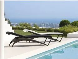 Rattan Pool Side Lounger