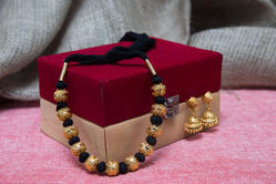 Artificial Black Thread Necklace Set For Fashion Jewellery