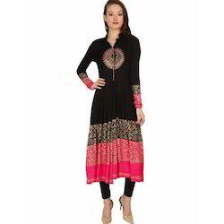 Ira-Soleil-Black-Pink-Block-Printed-Viscose-Knitted