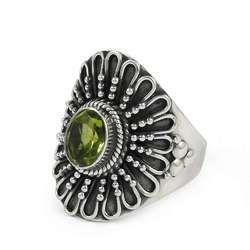 Stunning Handmade 925 Sterling Silver Peridot Gemstone Ring