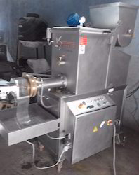 Automatic Macroni Making Machine