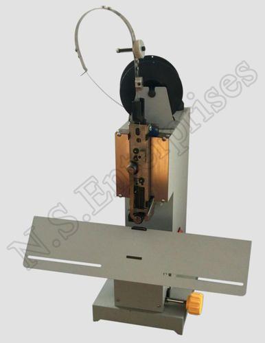 Stapler - Electric Wire Stapler 100 Wholesale Trader from Mumbai