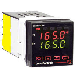 Series 8B 1/8 DIN Temperature Controller