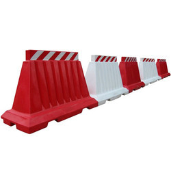Water Fillable Road Barricade