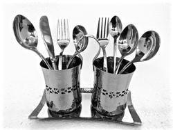 SS Hammered Cutlery & Napkin Holder