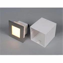 Recess Square Step Light