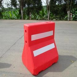 Road Barricade Water Fillable 1MTR