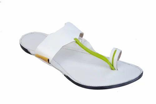 Women Kolhapuri Sandals