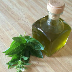 Basil Oil/ Basil Essential Oil