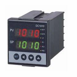 PID Controller DC1040