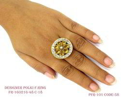 Gold Round Antique Ring