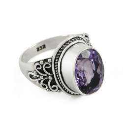 Delicate Light 925 Sterling Silver Amethyst Ring