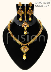 Antique Traditional Necklace Set