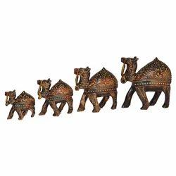 Wooden Emboss Camel Set