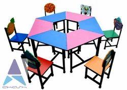 Hexagona Table