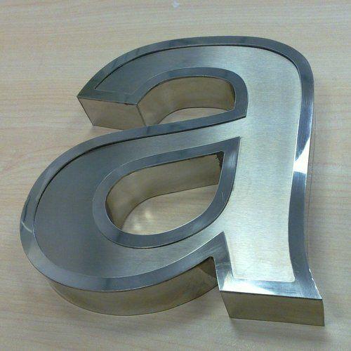 outdoor metal letter