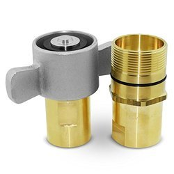 Wing Nut Coupling